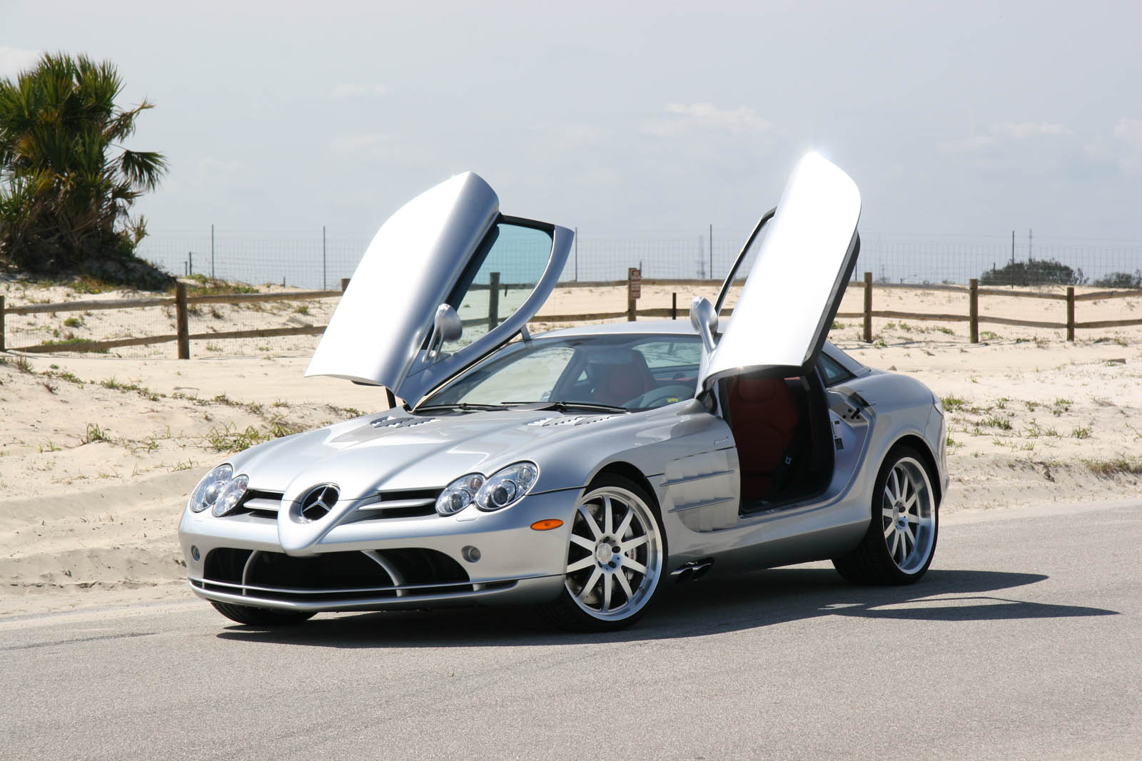 Autovermietung rent a car in indien mieten sie ein for Mercedes benz independence blvd