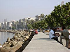 Mumbai: Colaba Causeway