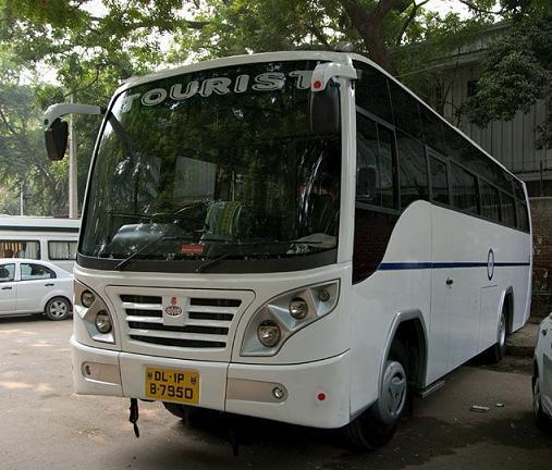 busvermietung indien mieten sie den shena bus mit fahrer. Black Bedroom Furniture Sets. Home Design Ideas